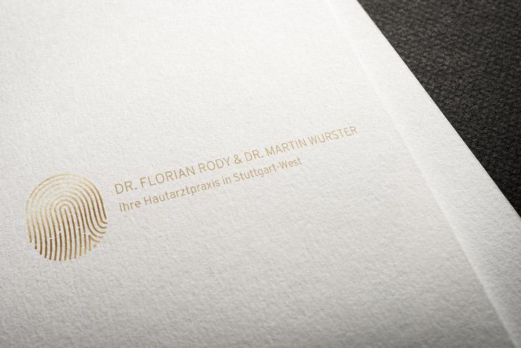 Hautarztpraxis Logo Gestaltung Entwurf
